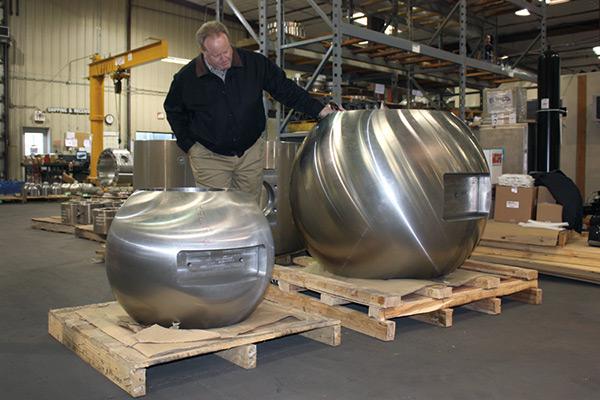 En el diseño y fabricación  válvulas de bola de tamaños considerables para el transporte de pulpa de minerales, la experiencia hace la diferencia.